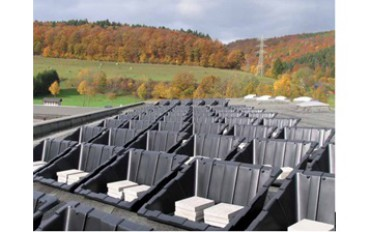 ConSole by Renusol: cost saving flat roof installation