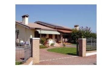 Corso commerciale per vendita di impianti fotovoltaici residenziali