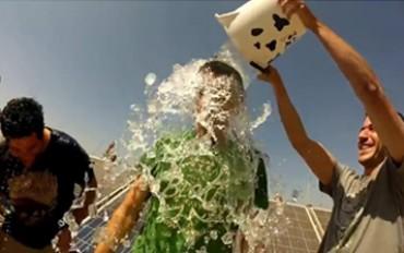 Ice Bucket: la lotta alla SLA arriva anche nel solare!