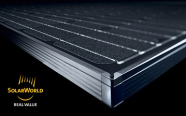 Mono black modules by Solarworld: quality for an elegant roof
